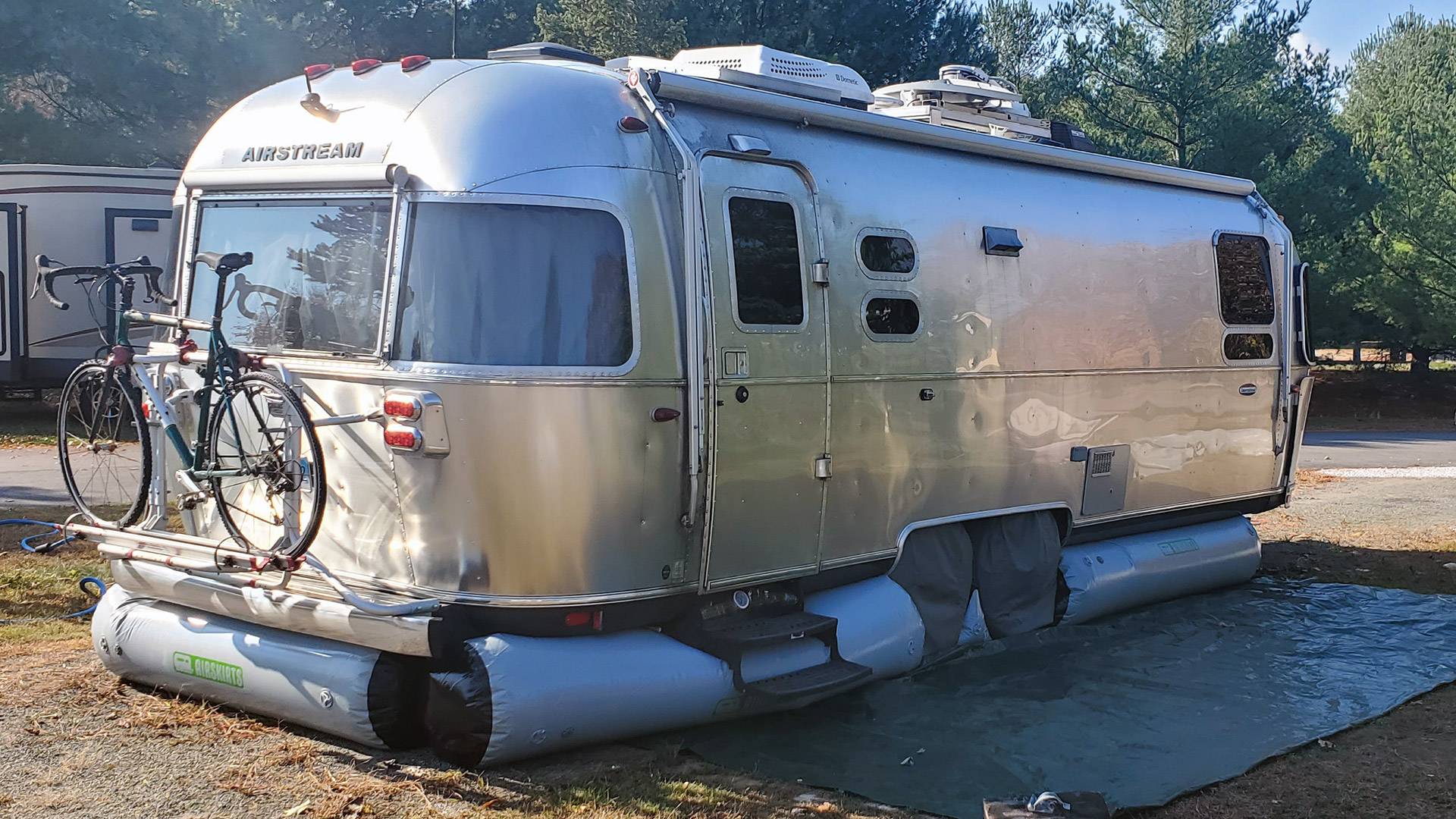 Camper skirting on Airstream
